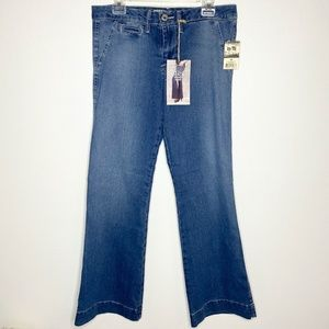 NWT 17/21 Exclusive Denim Flared Blue Jeans